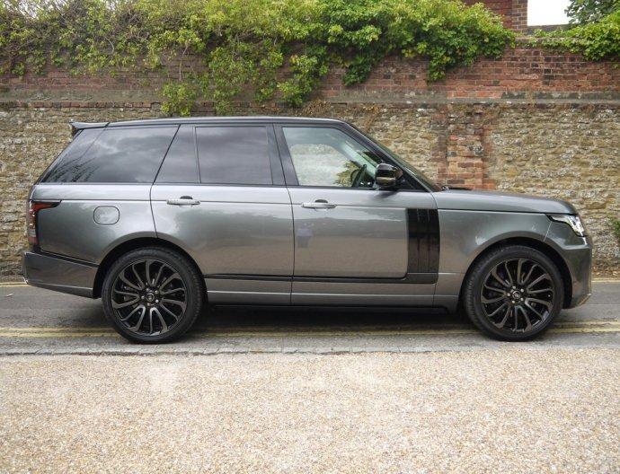 Range Rover Vogue LWB 5.0 Hire