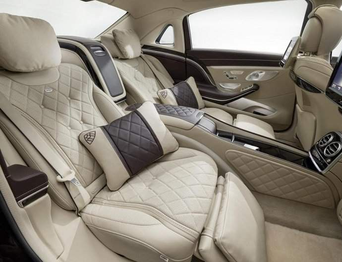 Mercedes S600 Maybach Hire