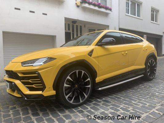 Lamborghini Urus Hire