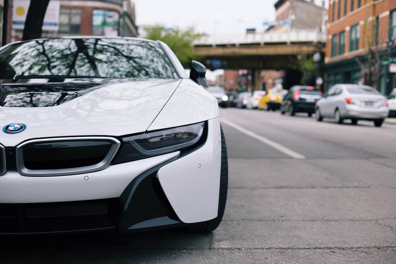 Why Hire Instead of Buying Luxury Cars
